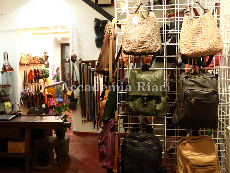 Bag/Jewelry Marketing, Retailing and Shop Displaying at Atelier Shop