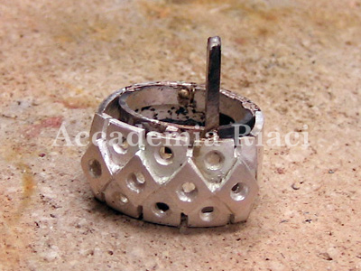 RING WITH A GALLERIA FROM PARTS