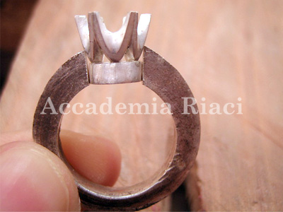 RING WITH CROWN SETTING
